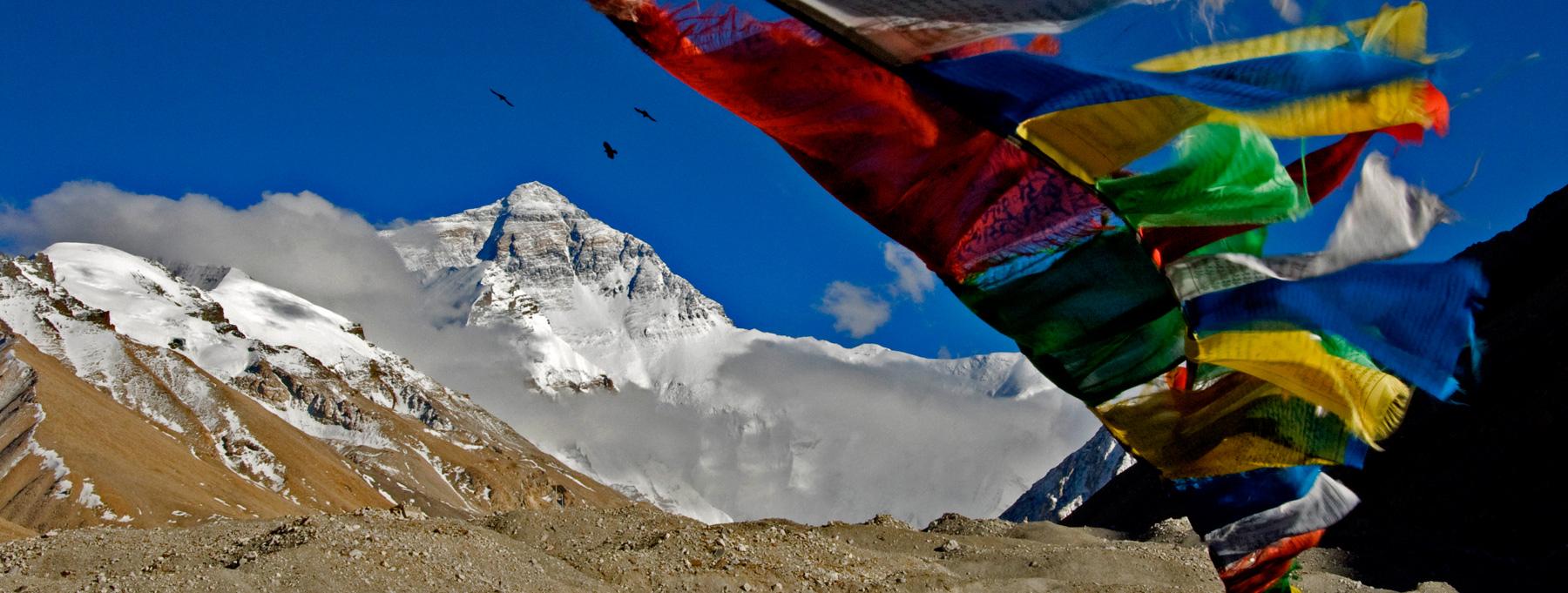 Jimmy Chin Everest 3 Ravens Print